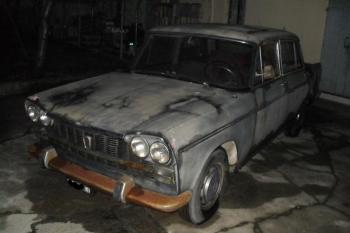 Fiat 2300 L